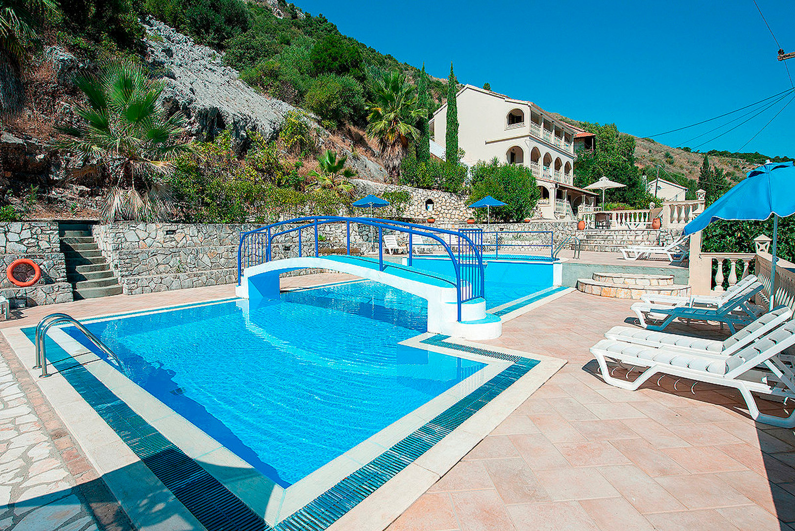 DIMITRIOS APARTMENTS - KASSIOPI